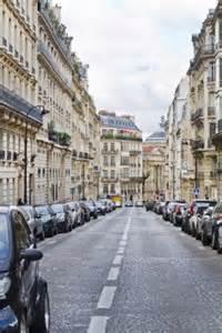 Paris street annomyus