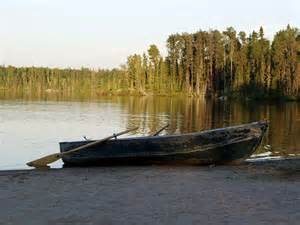 Row boat on lake for waiting