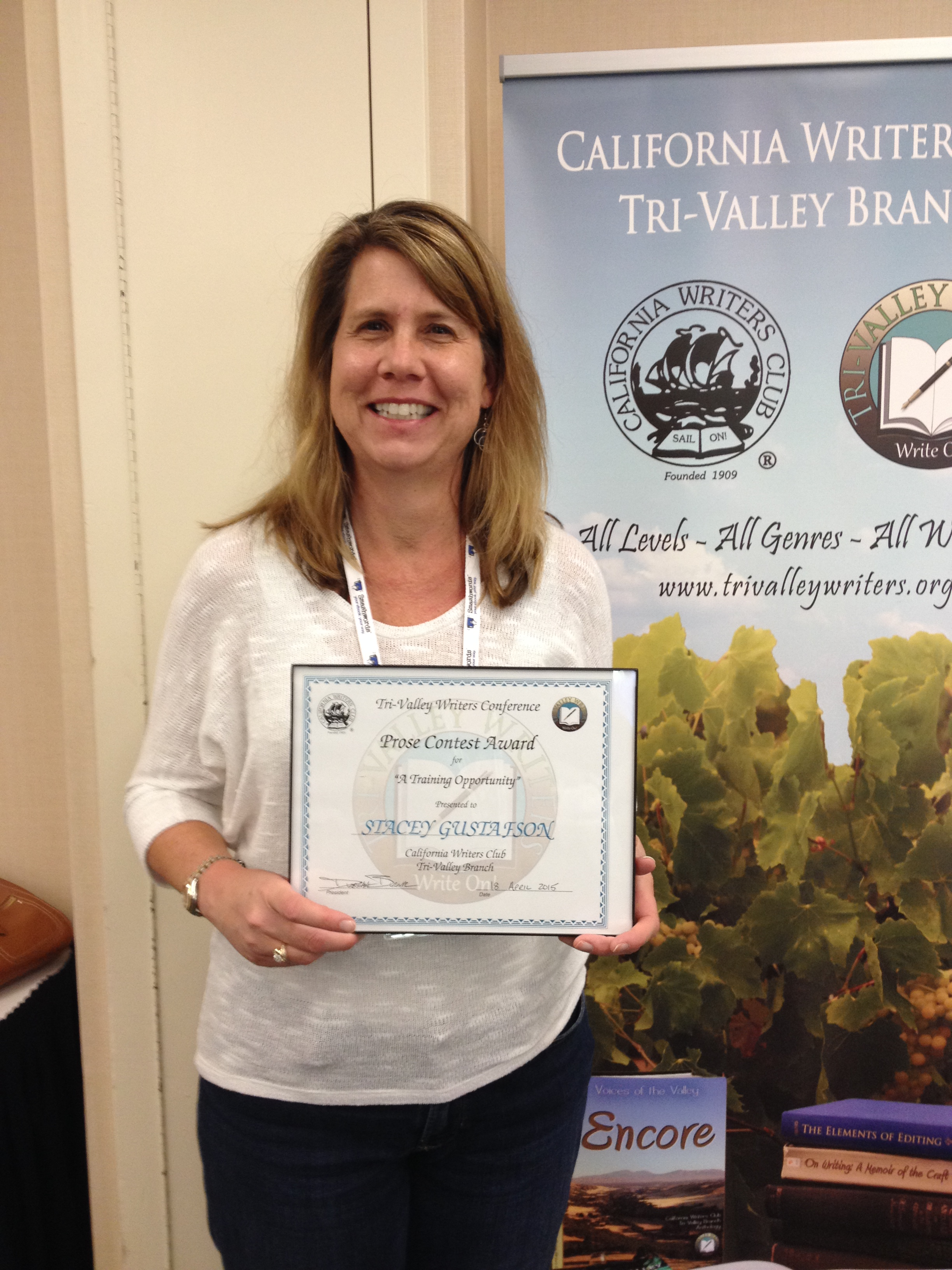 Stacey wins short story contest